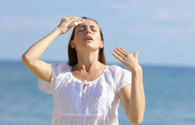 Что делать при солнечном ударе