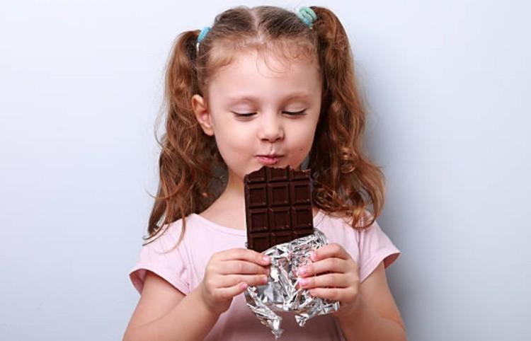 сладкий подарок для ребенка шоколад
